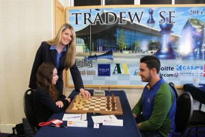 Opening move at amateurs and challengers section (photo Sophie Triay)
