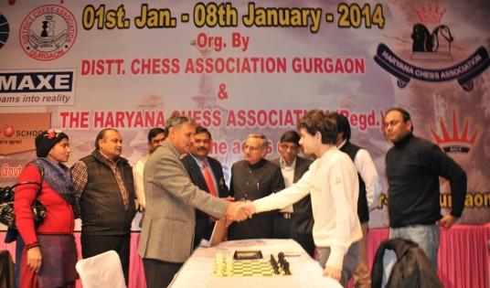 Shri. Rao Indrajit, MP interacting with top seed Kravstiv Martyn