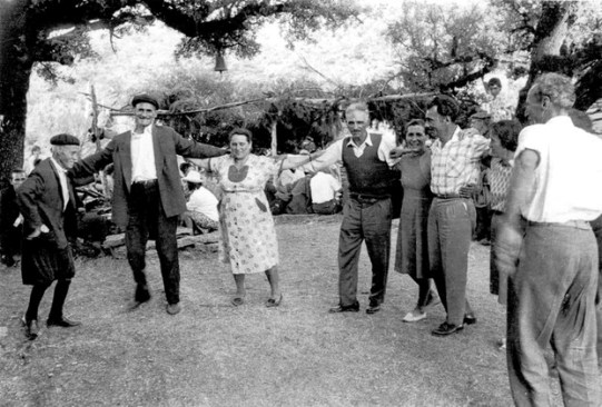 A group of elder Ikarians dancing Ikariotikos back in 1970