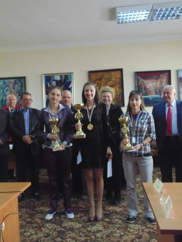 WGM Adriana Nikolova, WGM Iva Videnova and WIM Elitsa Raeva were awarded cups and medals