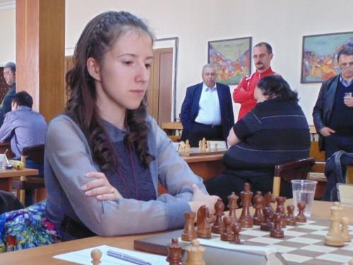 Iva Videnova in action