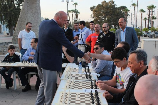 Simul with GM Zurab Azmaiparashvili