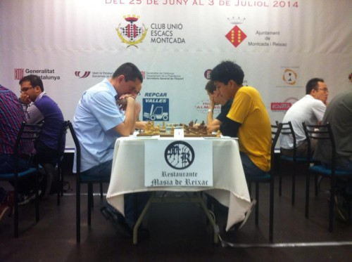 The first board duel between GMs Cuartas and Cori in the 3rd round finished equal
