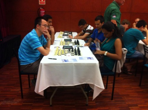 Top seeded GM Hua Ni defeated Indian WIM Raghavi in the second round