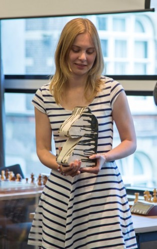 2014 champion Anne Haast