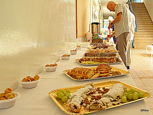Excellent refreshments served free throughout 9-day Gideon Japhet Memorial Open Chess Tournament