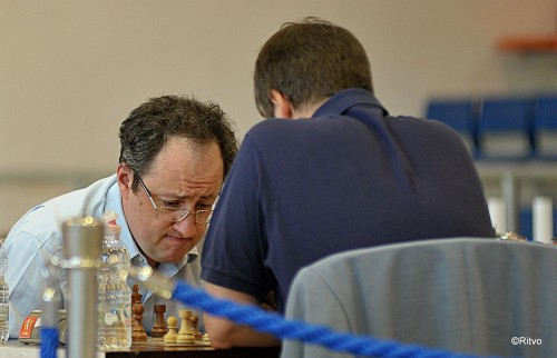 Gelfand puts on a unique expression