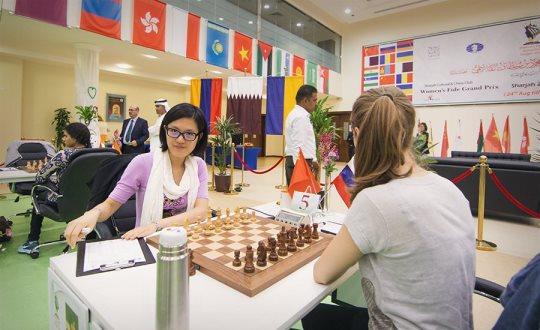 Hou Yifan - Tatiana Kosintseva