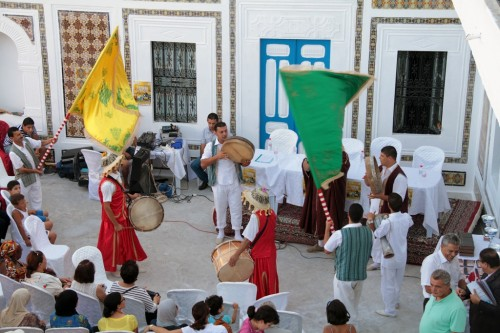 The closing ceremony was animated with Tunisian folklore