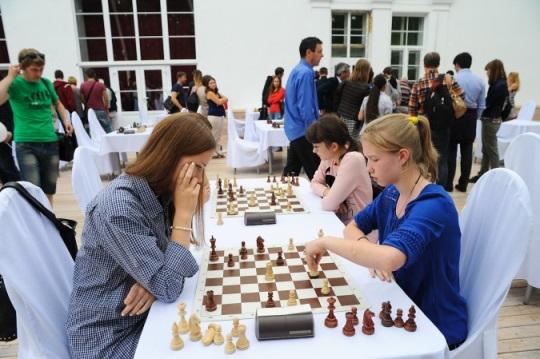 Moscow Blitz Chess 9
