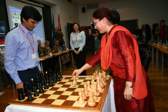 Ambassador of India Mrs. Narinder Chauhan making honorary move
