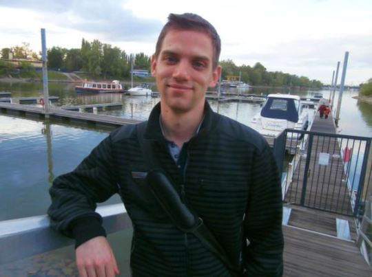 Imre in a relaxed mood at the marina, away from it all