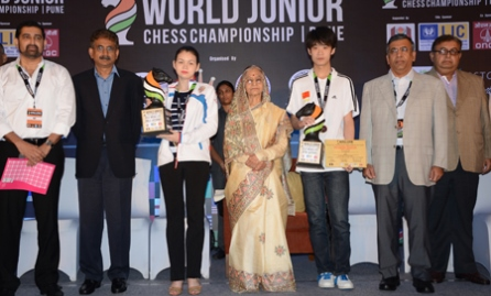 Lu Shanglei and Aleksandra Goryachkina won the World Junior Chess titles