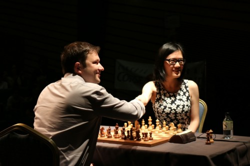 The beginning of the final match GM Sergey Fedorchuk vs. GM Yifan Hou (credit: Corsican Chess Circuit)