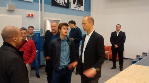 Magnus Carlsen inspecting the playing hall with his father Henrik Carlsen and manager Espen Agdestein (photo by Goran Urosevic, Chessdom.com)