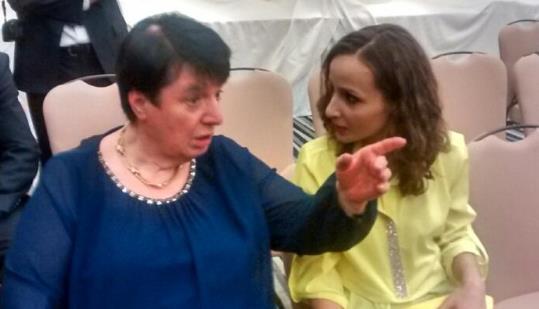 Legendary champion Nona Gaprindashvili and commentator Sopiko Guramishvili