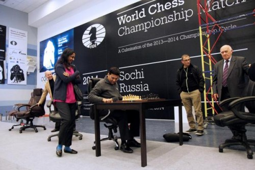 Anand was happy behind the board on the new chair (photo by @carlsenanand2014)