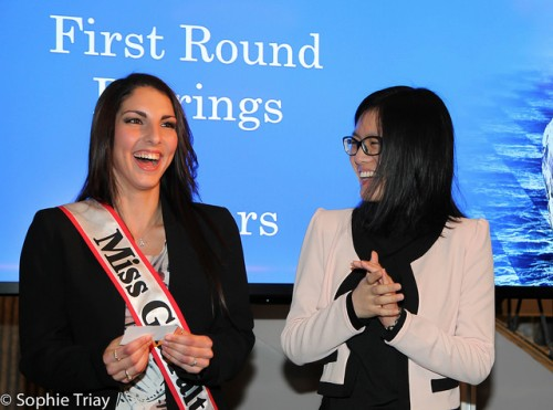 Miss Gibraltar 2014 Shyanne Azzopardi reads out the name of Hou Yifan's first opponent in Round 1 of the Gib Masters (courtesy of Sophie Triay)