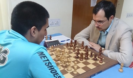 GM Cruz Cristhian (Peru) playing GM Popov Ivan (Russia)