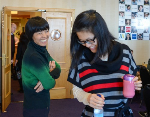 Women's World champion Hou Yifan with her mother