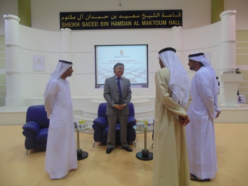 Yasser Seirawan talking to the members of the Organizing Committee of Dubai Chess & Culture Club