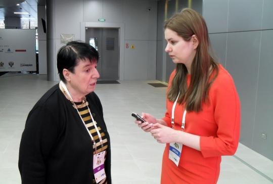 Eteri Kublashvili interviewing Nona Gaprindashvili