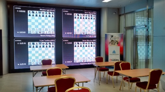 Screens showing the games to visitors of Galaktika