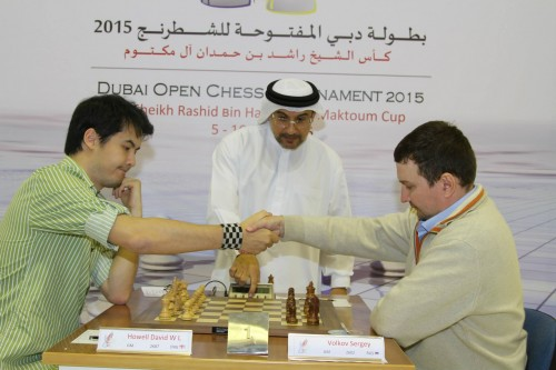 IA  Mahdi Abdulrahim starting off Board 1 -  English GM David Howell vs. GM Sergey Volkov