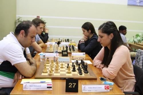 Egyption IM Mohamed Ezat against Turkish WGM Betul Yildiz