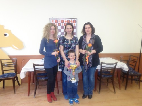The winners WGM Ticia Gara, IM Iweta Rajlich and IM Szidonia Vajda