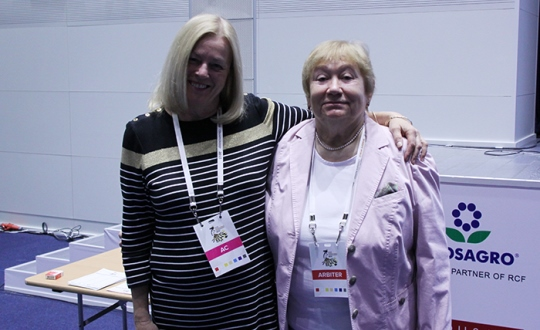 Margaret Murphy and chief arbiter Zsuzsa Verőci