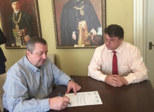 Viktor Kapustin and Igor Zhdanov