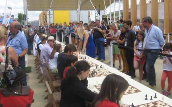 Polgar sisters with lecture and simul at EXPO Milano