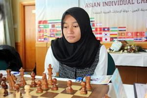 WGM Medina Warda Aulia from Indonesia takes a sole lead