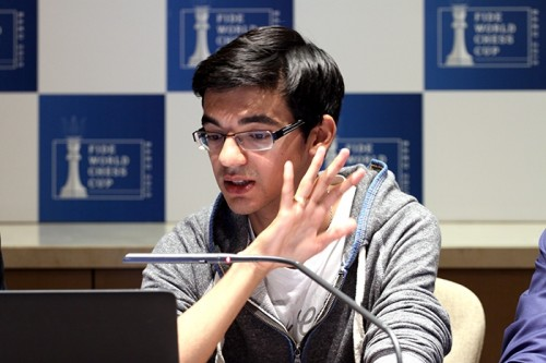 Anish Giri in the commentary room