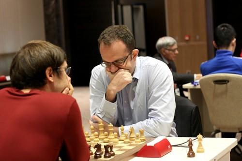 Pavel Eljanov eliminated Dmitry Jakovenko