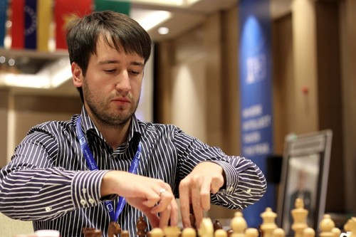 Teimour Radjabov and Peter Svidler made a quick draw, moving on to rapid tie-breaks