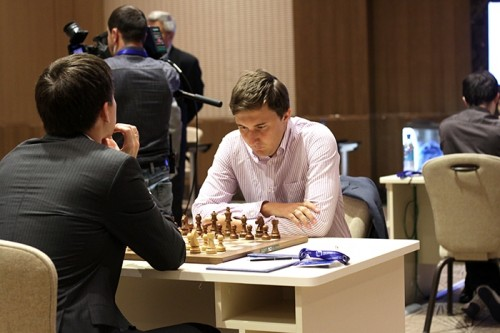 The game between two Russians was quickly drawn