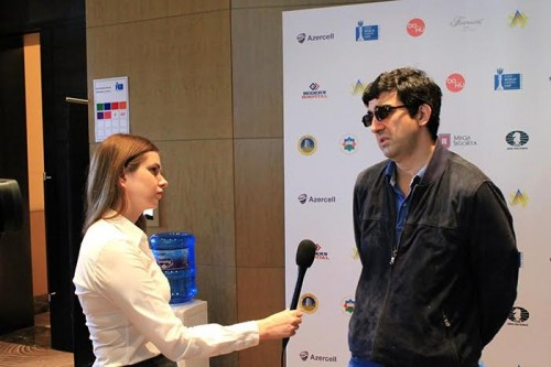 Vladimir Kramnik visited the press center for interview and games commentary