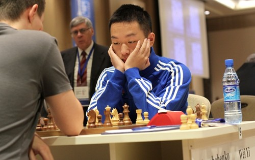 Wei Yi qualified to the next round