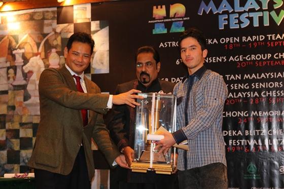 Yong, Dato' Gunaseelan & Champion