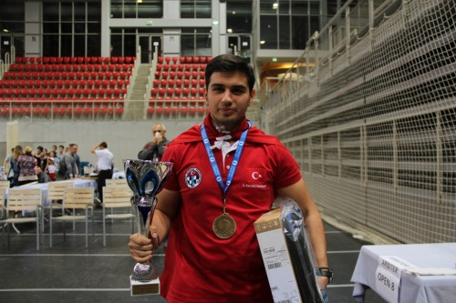 He crowned the collection of gold medals with the victory in Porec U18