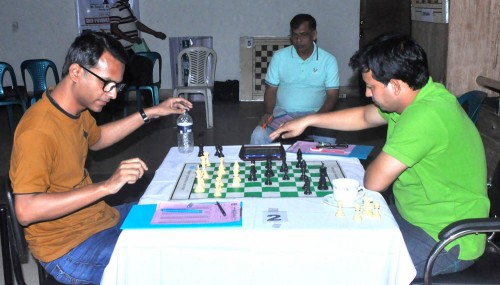 2nd Round GM Mollah Abdullah Al Rakib (Left) Vs. FM Mehdi Hasan Parag (Right)
