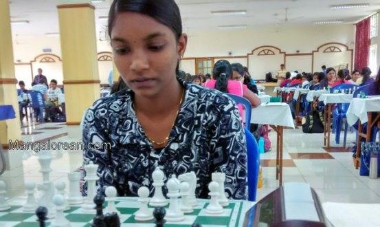 Varshini Holds Pratyusha In Round 4