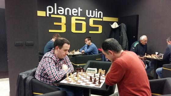 Milos Perunovic vs Vladica Andrejic