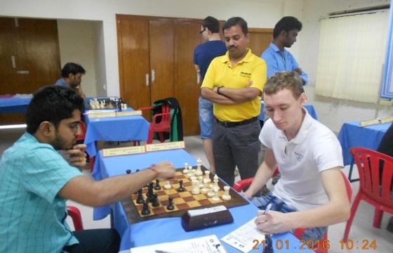 IM Ramnath Bhuvanesh playing GM Mozharov Mikhail