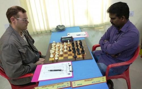GM Demchenko Anton (Russia) playing Phoobalan P (India)