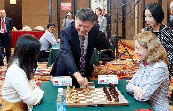 2016 IMSA Elite Mind Games first move