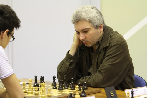 GM Vladimir Akopian has perfect 3/3 score