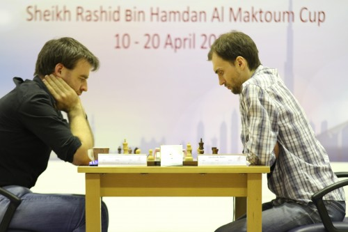 Last round's duel GM Gawain Jones - GM Boris Savchenko